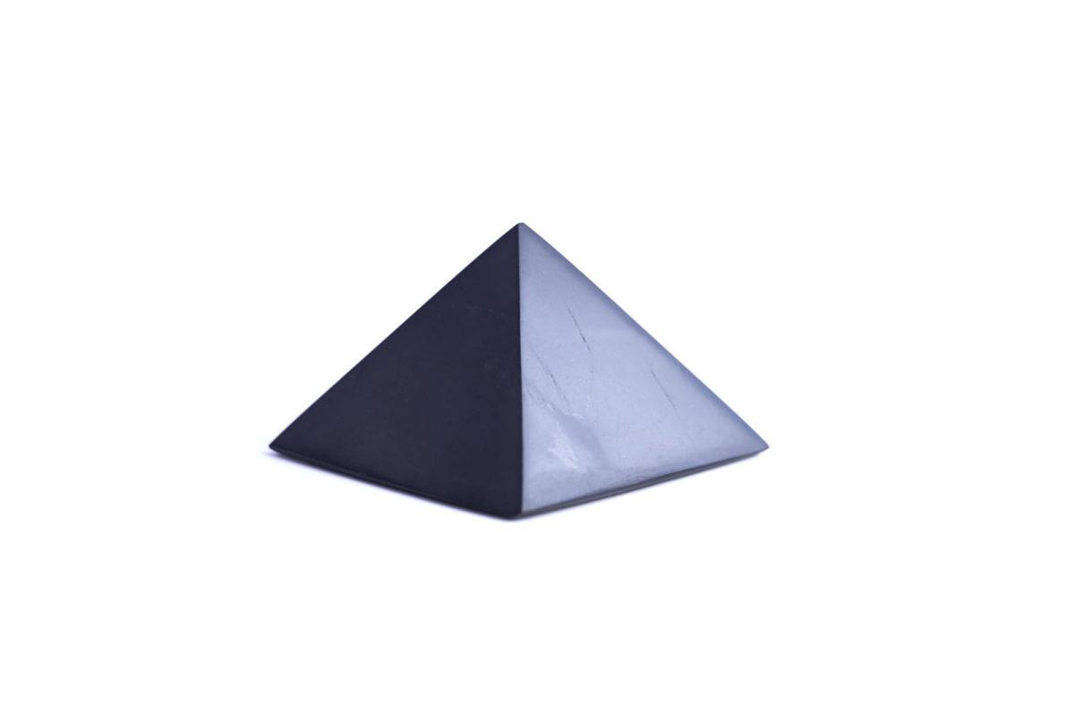 pyramida-sungit-3cm